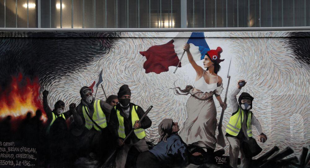 À Paris, une fresque consacrée aux Gilets jaunes cache un mystère et un gain de 1.000 EUR