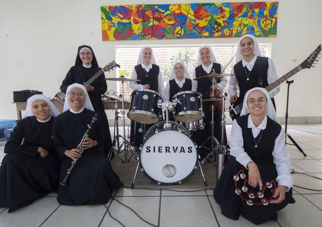 Las Siervas, les religieuses