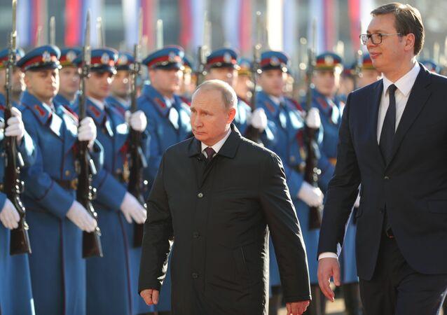 Vladimir Poutine et Aleksandar Vucic à Belgrade