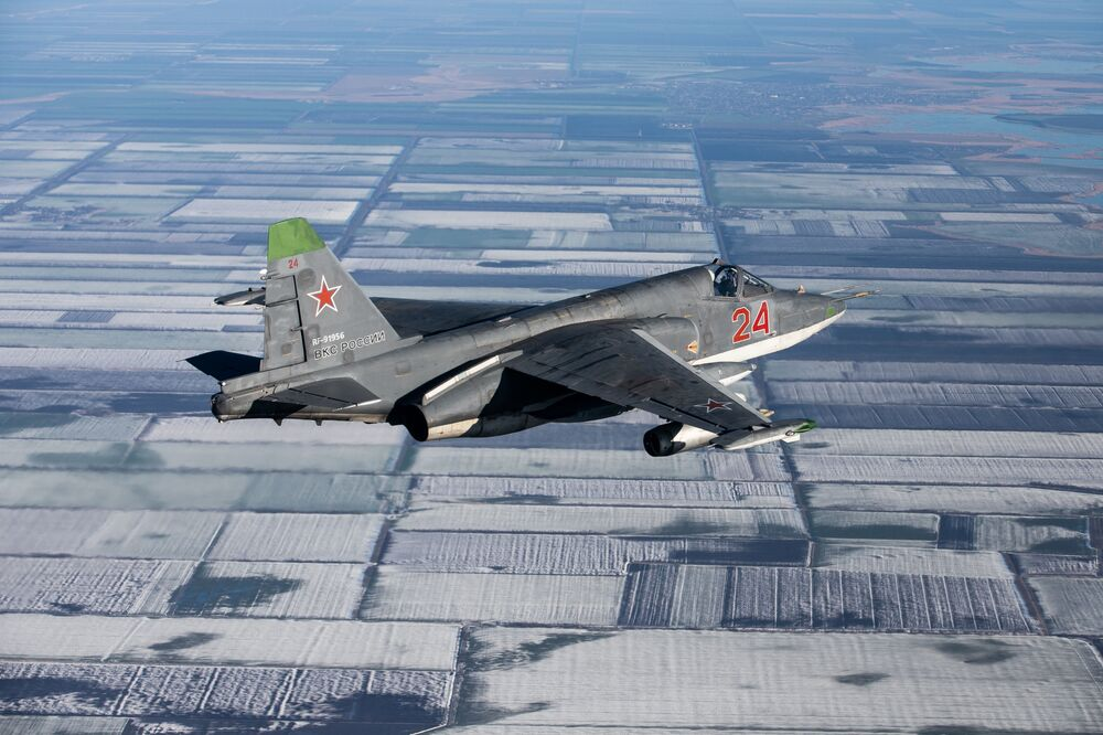 Manœuvres tactiques avec la participation des Su-25SM3 au Kouban