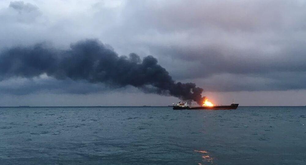Incendie de navires en mer Noire