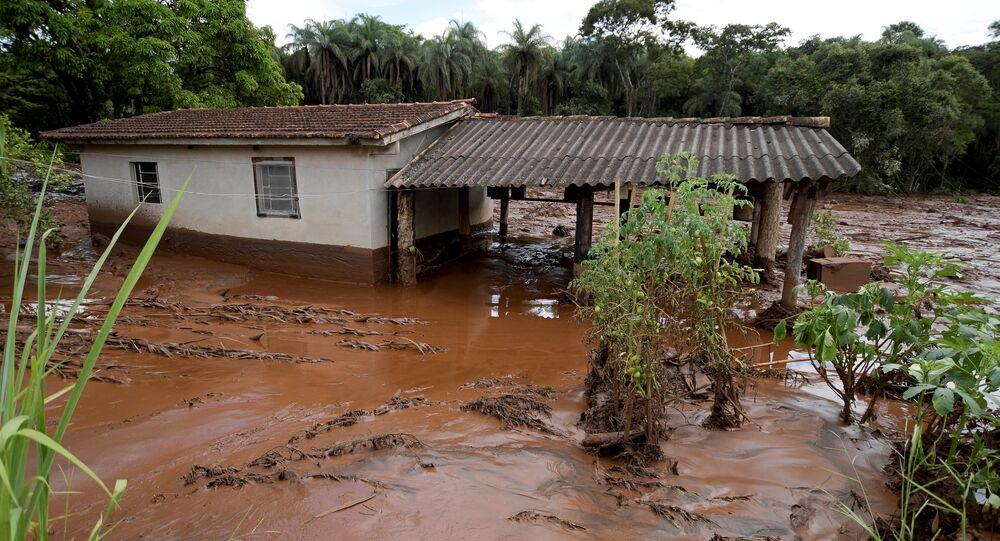 Rupture d'un barrage au Brésil