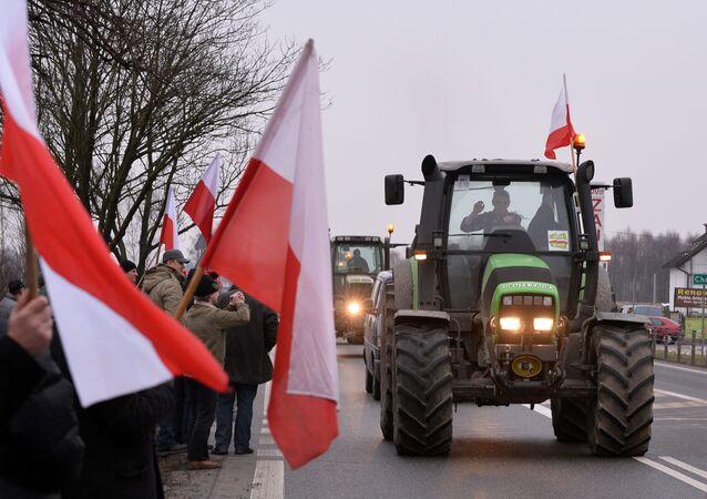 Protestations des fermiers polonais