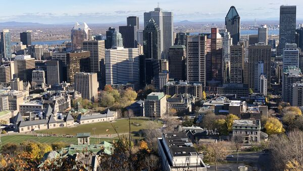 General view of Downtown Montreal, Quebec, taken on November 4, 2018 from the Mount Royal mountain overseeing the city. - Sputnik France