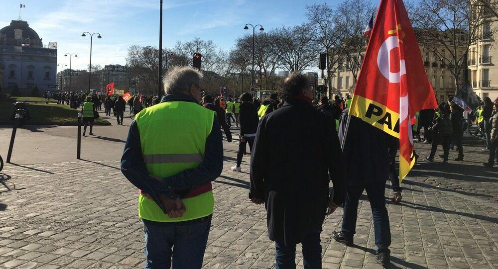 CGT et gilet jaune lors de la manifestation 17 février 2019, image d'illustration