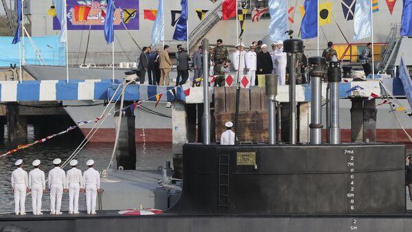 Le Président iranien Hassan Rohani assiste à la présentation du sous-marin Fateh, le dimanche 17 février 2019 - Sputnik France