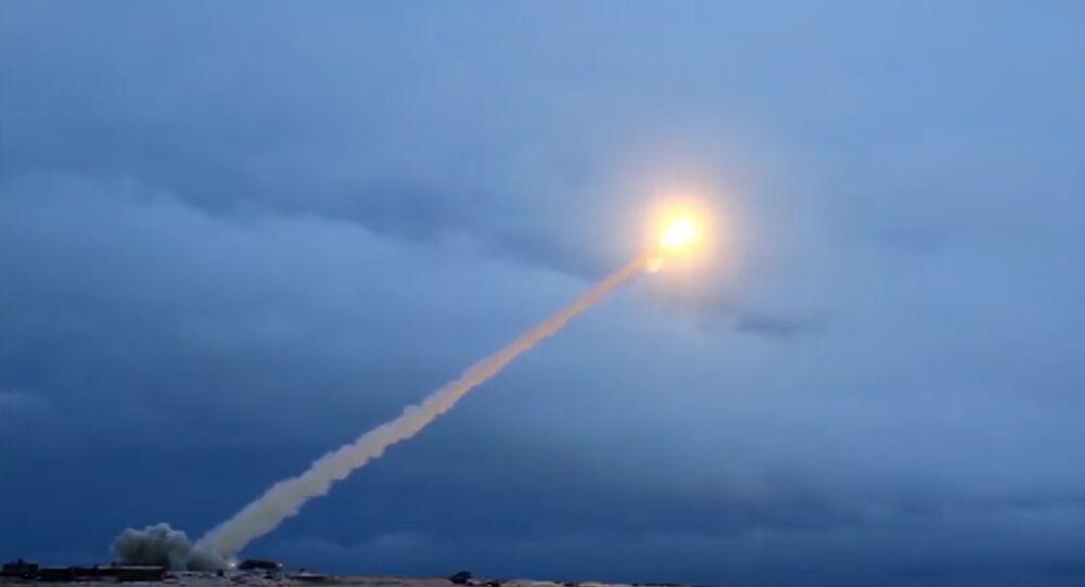 Essais du missile Bourevestnik