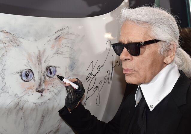 Karl Lagerfeld et Choupette, chatte birmane