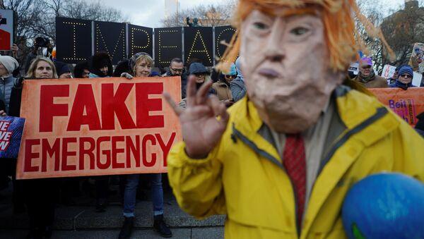 Le mur de Trump «est efficace et fait partie de sa stratégie électorale pour 2020» - Sputnik France