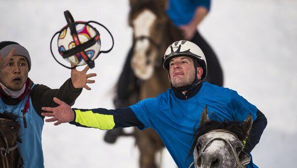 Un tournoi de horseball au Kirghizstan (archive photo) - Sputnik France
