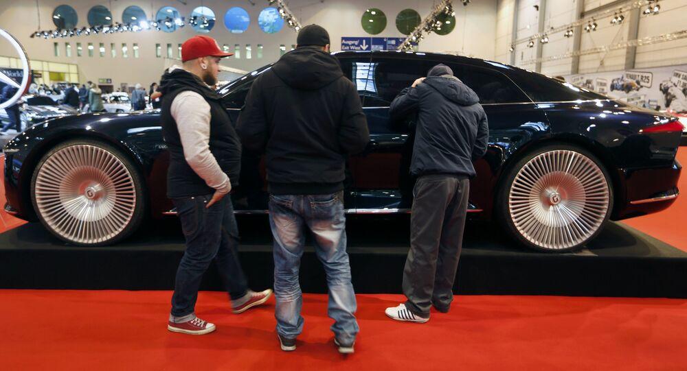Le concept-car Giugiaro GEA concept au Salon automobile d'Essen