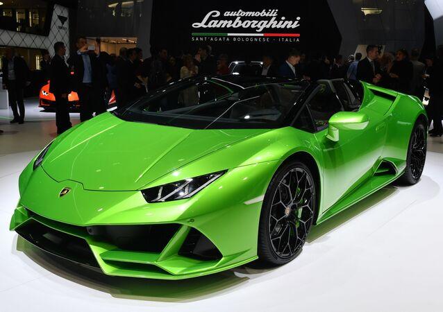 Une Lamborghini Huracan Evo Spyder au Salon de Genève, 2019