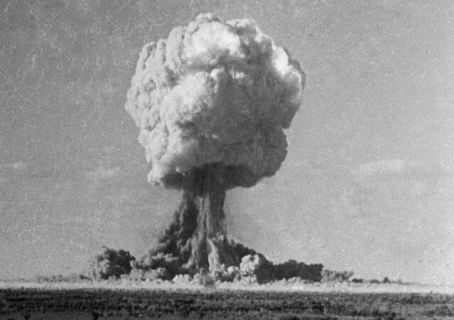 Explosion d'une bombe nucléaire (image d'illustration)