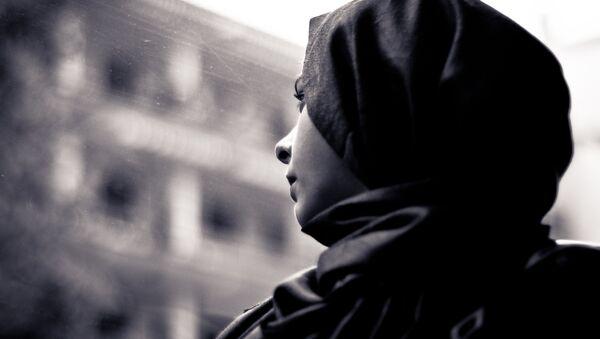 Une femme au hijab (image d'illustration) - Sputnik France