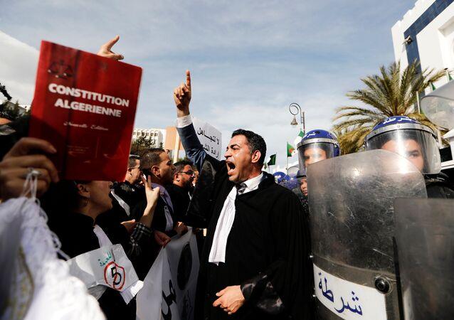 Les manifestations en Algérie 2019