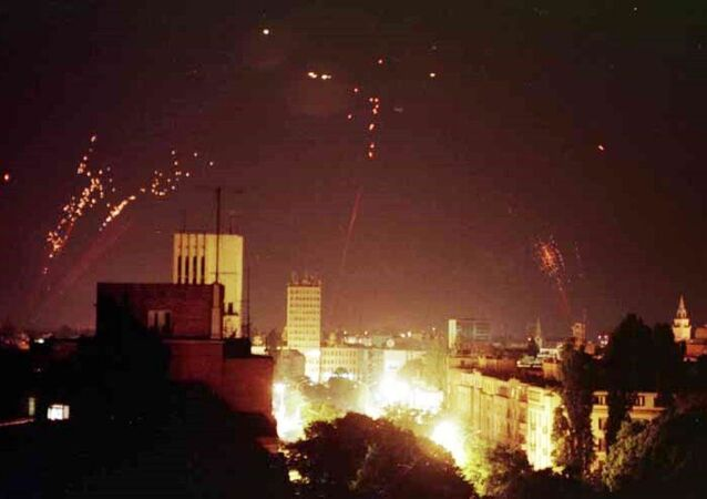Les Serbes accouchaient sous les bombes de l'Otan