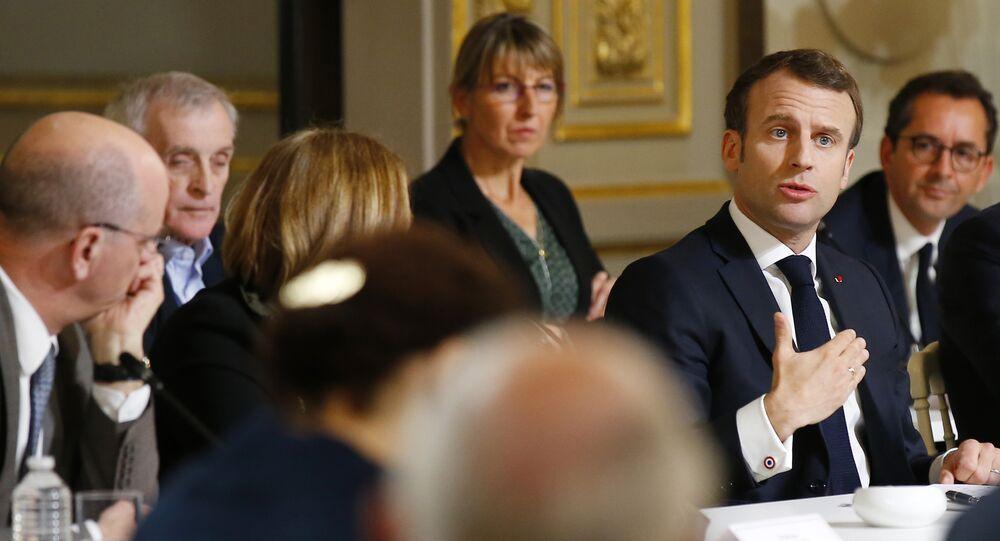 Emmanuel Macron face aux intellectuels