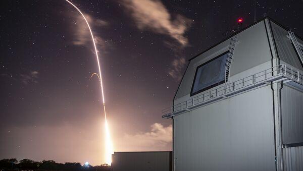 Tir d'un missile SM-3 Block IIA - Sputnik France