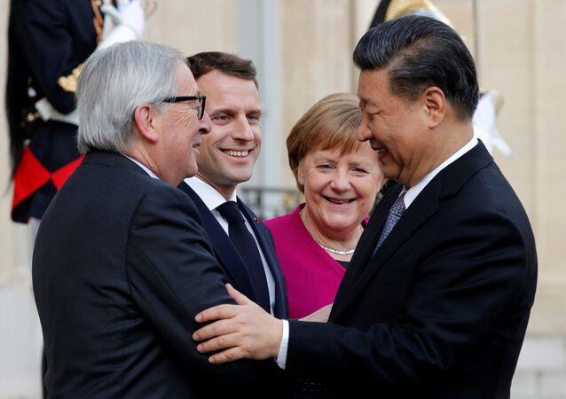 Emmanuel Macron, Angela Merkel, Jean-Claude Juncker et Xi Jinping