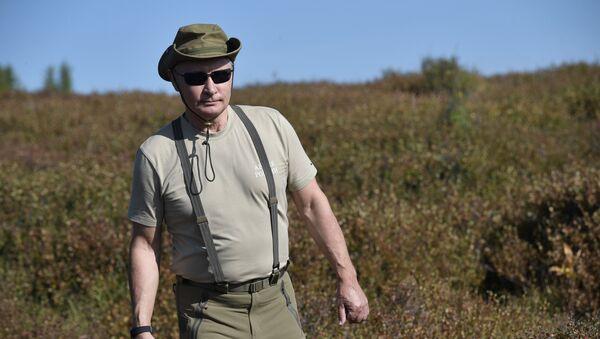 Президент РФ В. Путин провел выходные в Тыве - Sputnik France