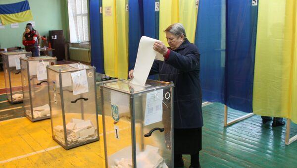 Le premier tour de la présidentielle en Ukraine - Sputnik France
