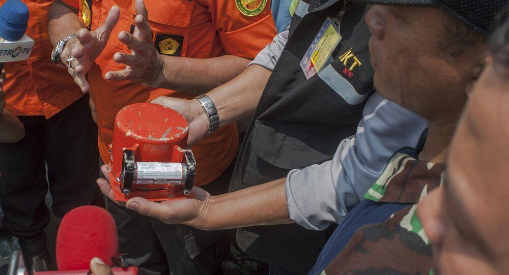 Crash de l'avion Lion Air en Indonésie: une des boîtes noires retrouvée