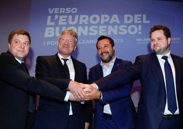 Matteo Salvini, Olli Kotro, Joerg Meuthen et Anders Vistisen