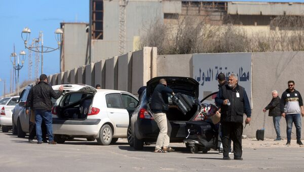 l'aéroport de Mitiga après les frappes aériennes commises par l'Armée nationale libyenne (ANL) - Sputnik France