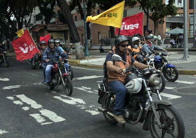 Colectivos, milices pro-gouvernementales vénézuéliennes
