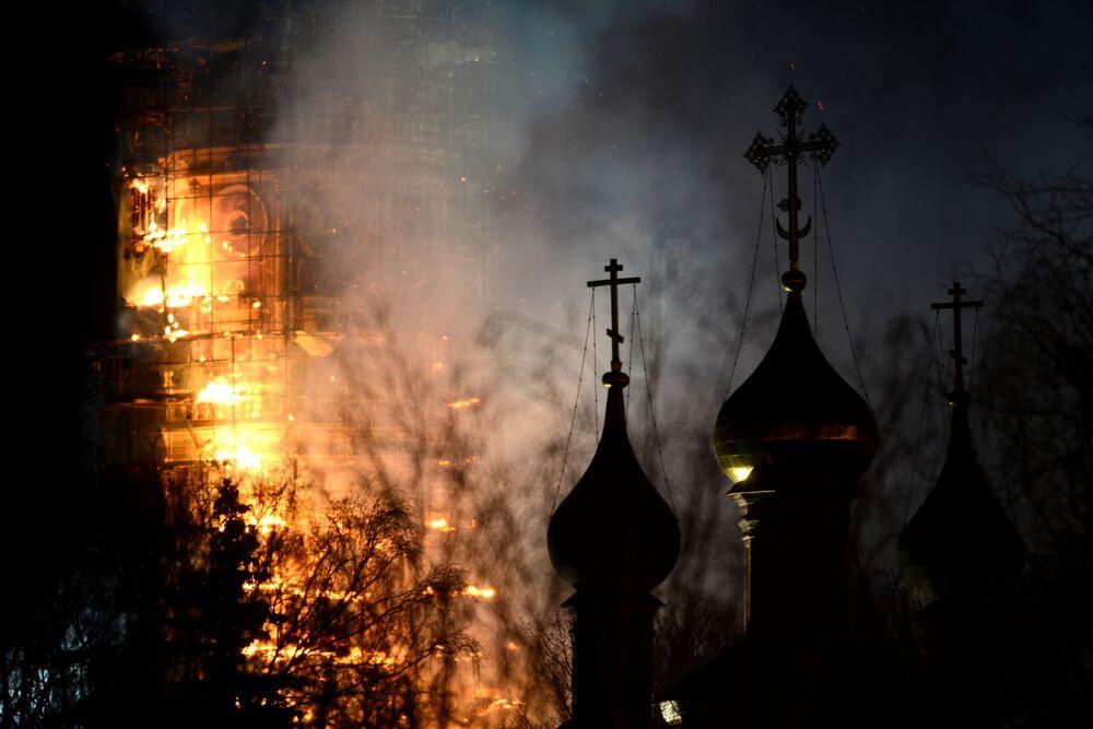 Monuments endommagés par des incendies