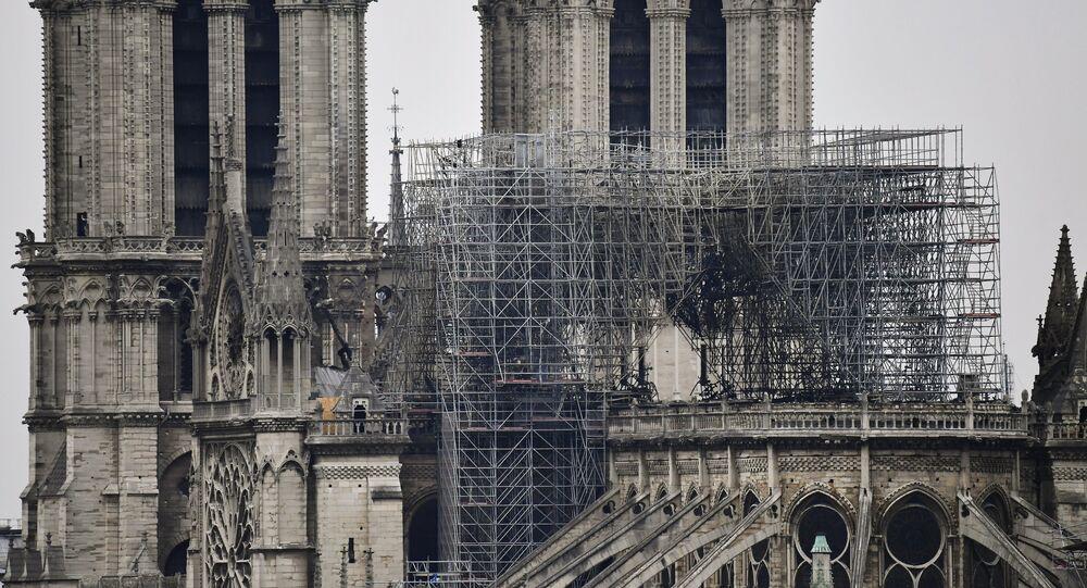 La cathédrale Notre-Dame de Paris après l'incendie