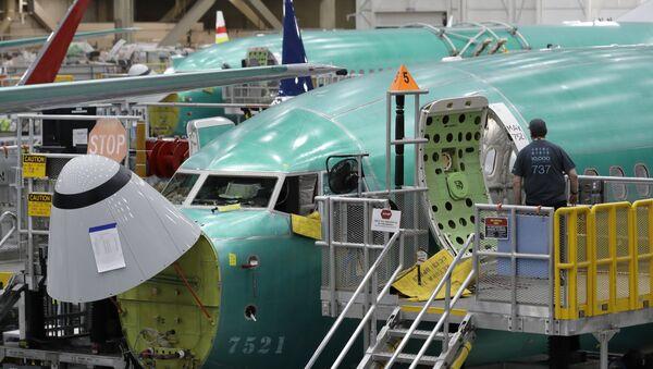 Boeing 737 MAX 8 - Sputnik France