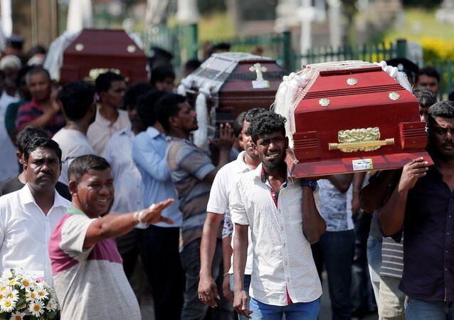 Les cercueils de victimes des attaques du 21 avril 2019 au Sri Lanka