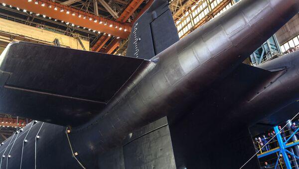 La cérémonie de mise à l'eau du sous-marin nucléaire Belgorod à Severodvinsk - Sputnik France