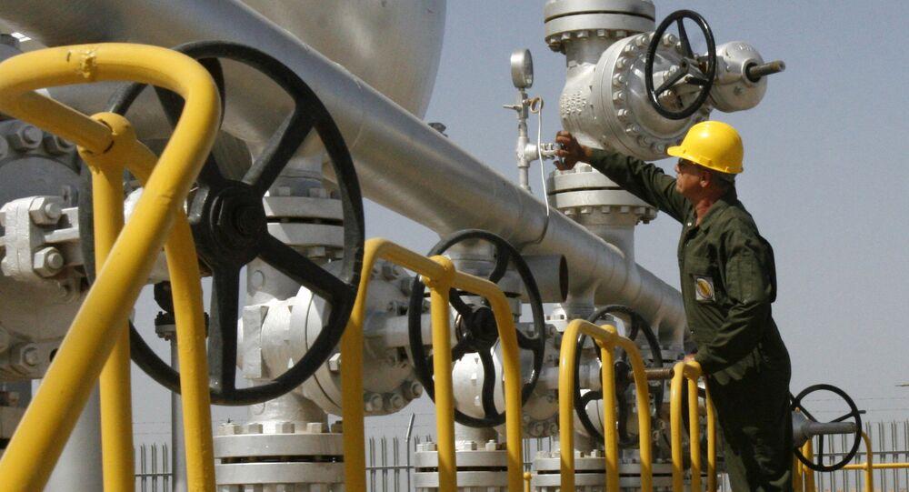 Le champ pétrolier iranien d'Azadegan