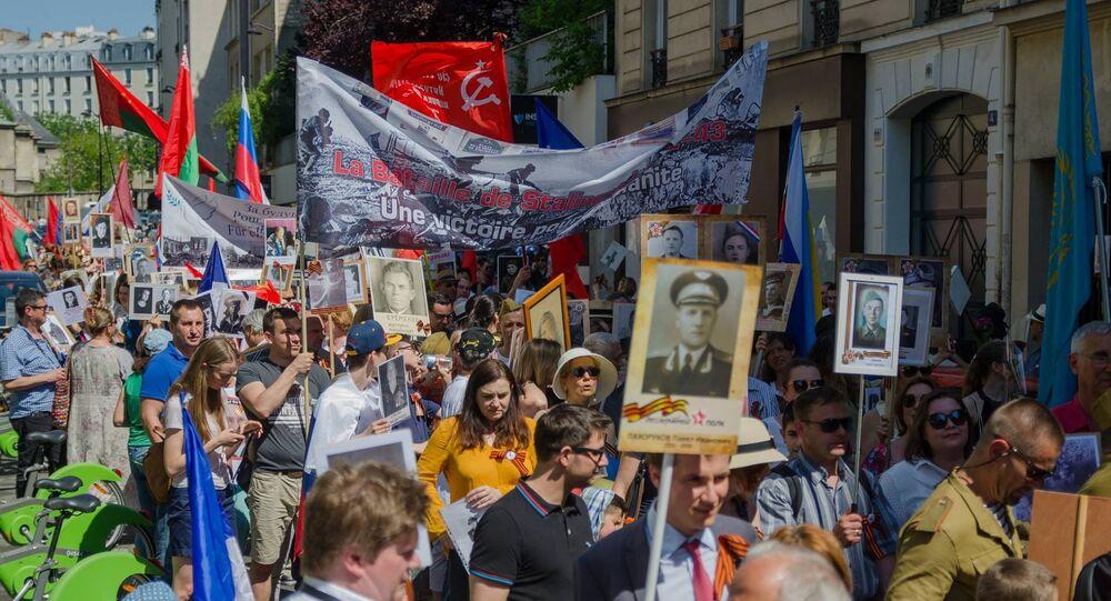 Marche des immortels à Paris
