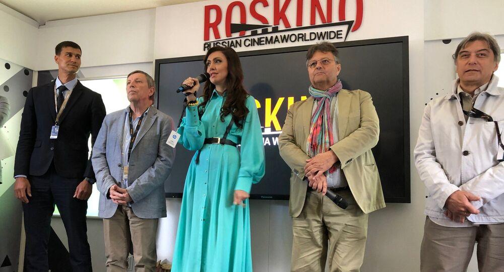 Ekaterina Mtsitouridze ordonné le clap de début du programme russe à Cannes