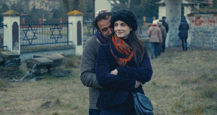 Des clichés du film Lune de miel...à Zgierz d Elise Otzenberger