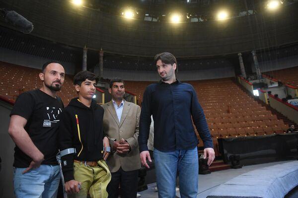 Kassim al-Kadim en visite au Grand cirque de Moscou - Sputnik France