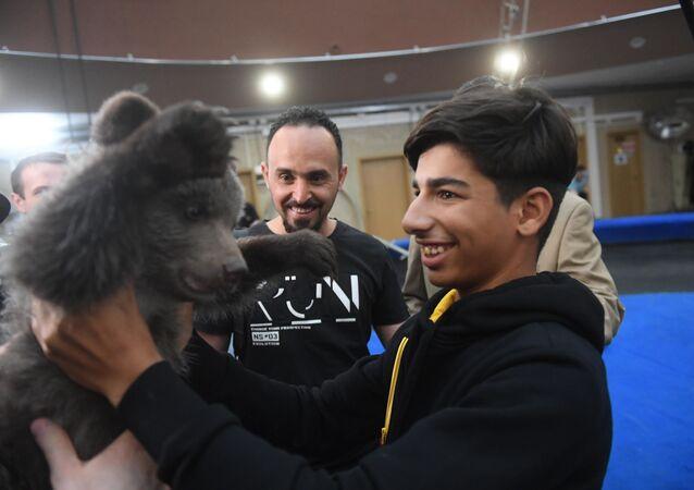 Kassim al-Kadim en visite au Grand cirque de Moscou