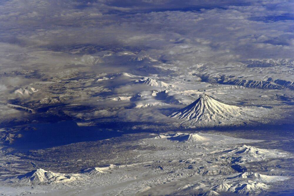Volcans de la péninsule du Kamtchatka photographiés depuis l'ISS