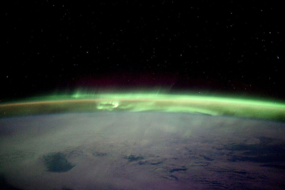 Aurore boréale photographiée depuis l'ISS