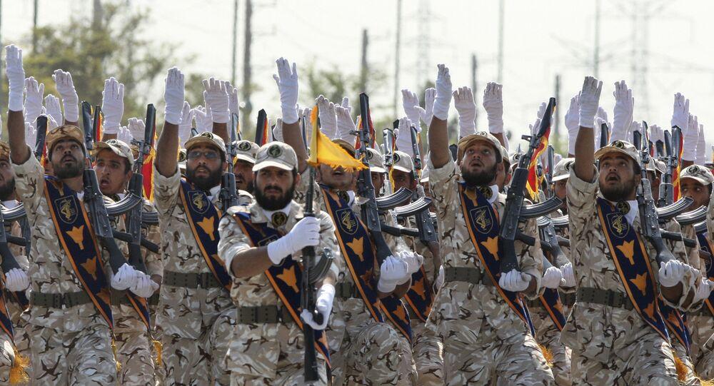 Des membres du Corps des Gardiens de la révolution islamique lors d'un défilé militaire