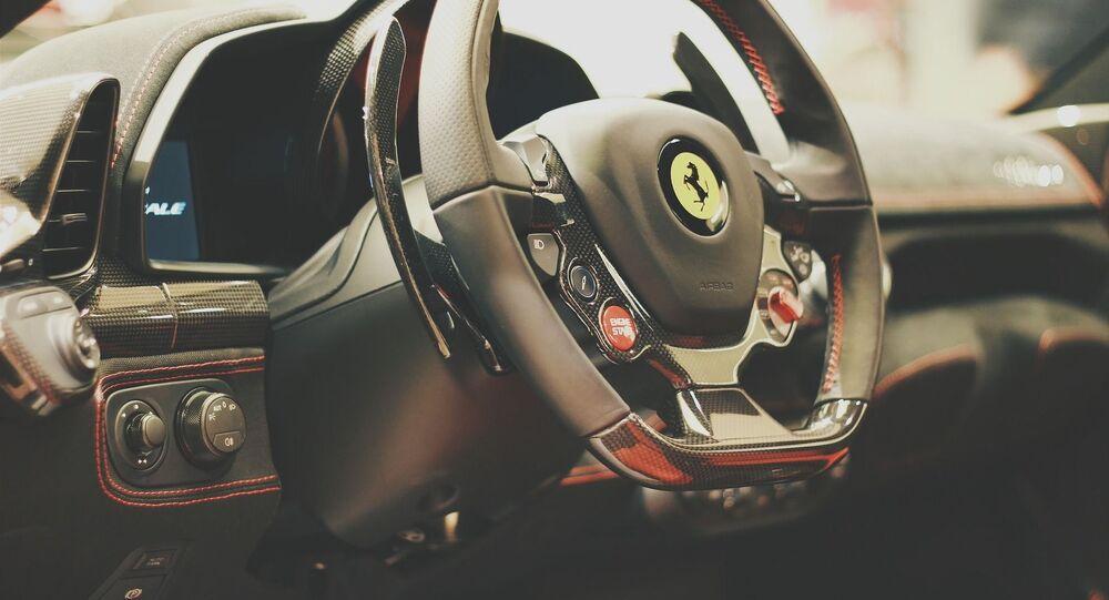 Le volant d'une Ferrari