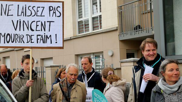 Manifestation en soutien de Vincent Lambert - Sputnik France