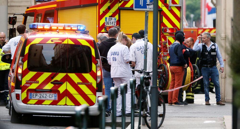 Les médecins sur les lieux de l'explosion à Lyon (24 mai 2019)