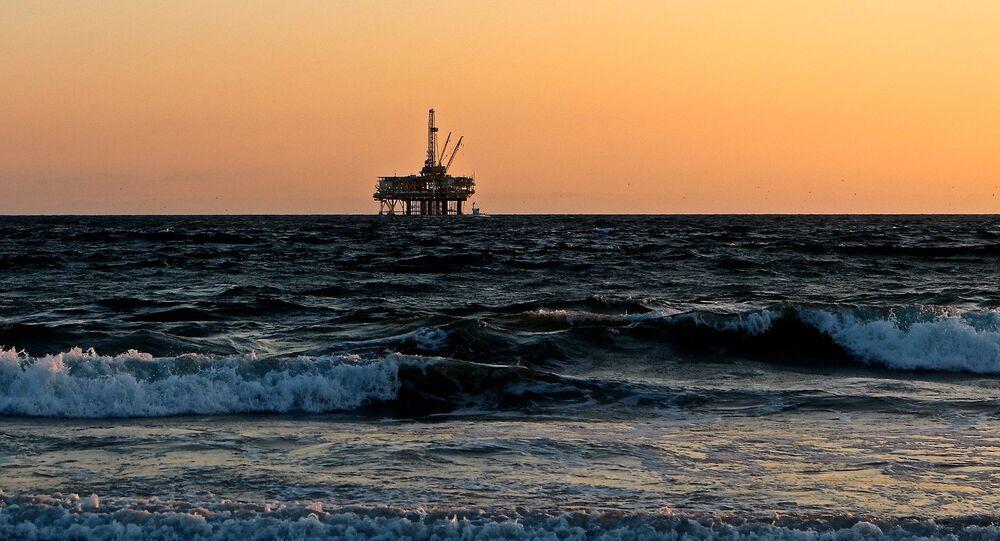 Une plateforme de gaz offshore