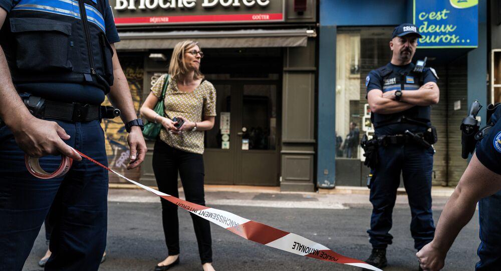 La police de Lyon après une explosion qui a fait des blessés