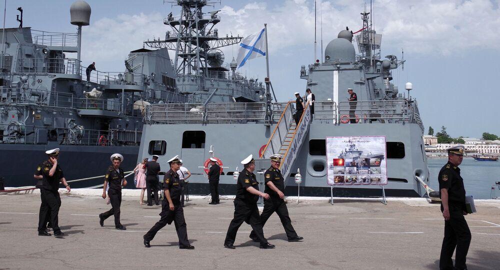Frégate Amiral Makarov à Sébastopol