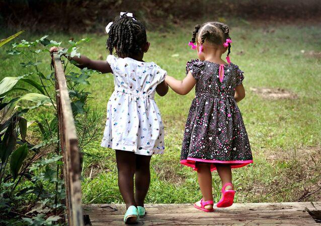 Des enfants (image d'illustration)